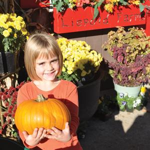 girl-with-pumpkin